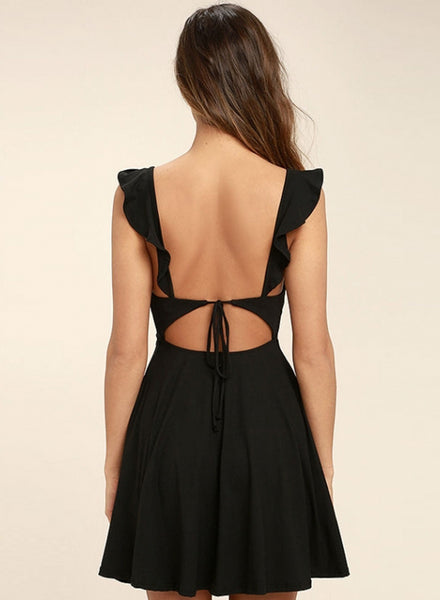 V Neck Sleeveless Backless Swing Dress - girlyrose.com