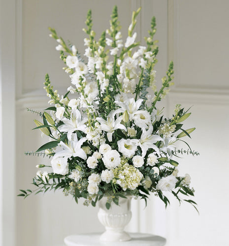 White lilies & Snapdragons in Container