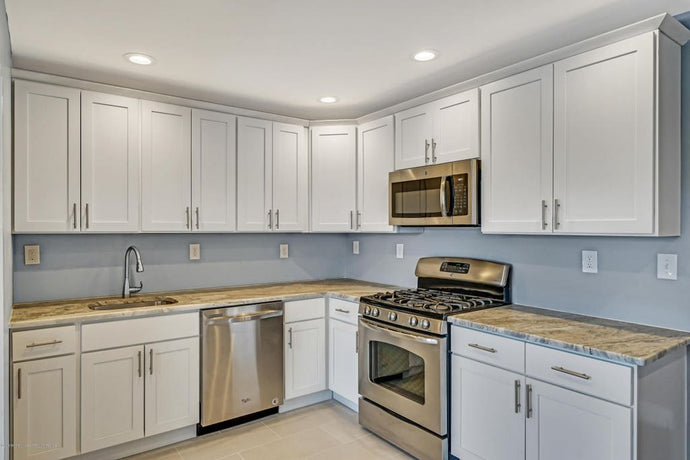 CNC Luxor White Kitchen Cabinets