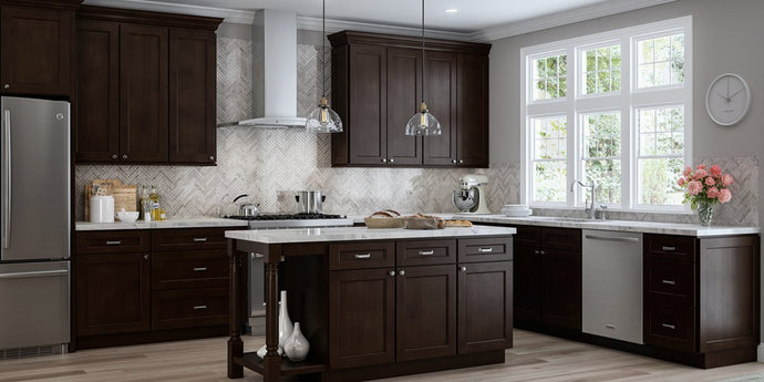 4 Questions You Should Ask Yourself Before Choosing Your New Kitchen Cabinets