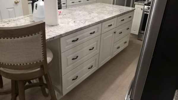 JSI Yarmouth Raised Panel Kitchen Island