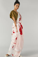 Load image into Gallery viewer, Red Flower Saree