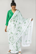Load image into Gallery viewer, Kelly Green Floral Saree
