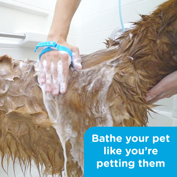 Aquapaw® Pet Bathing Tool