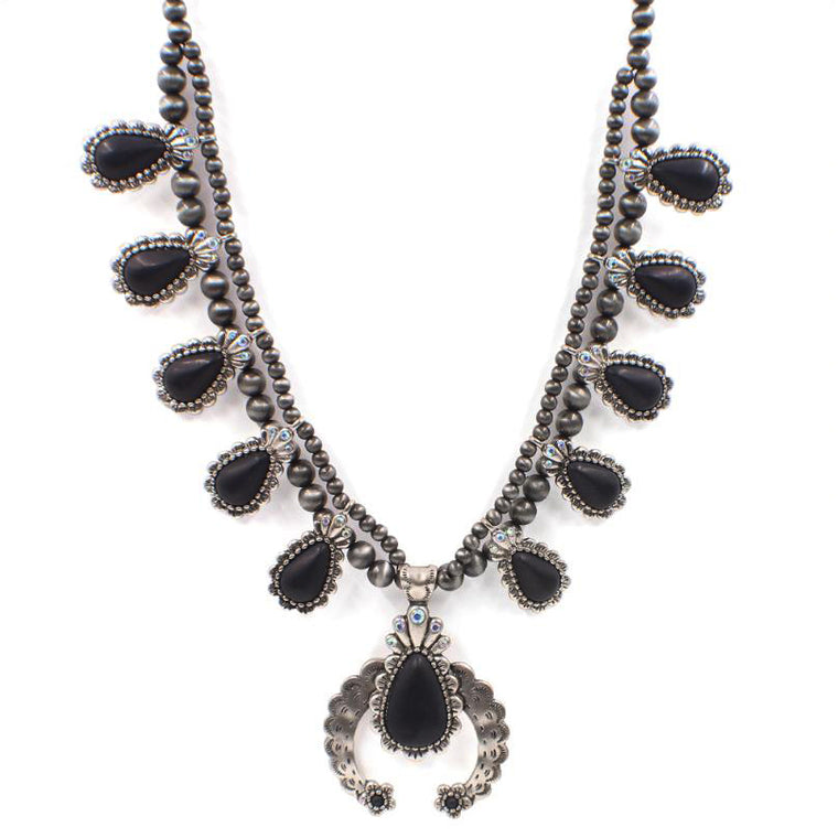 ONYX STEGINT NECKLACE