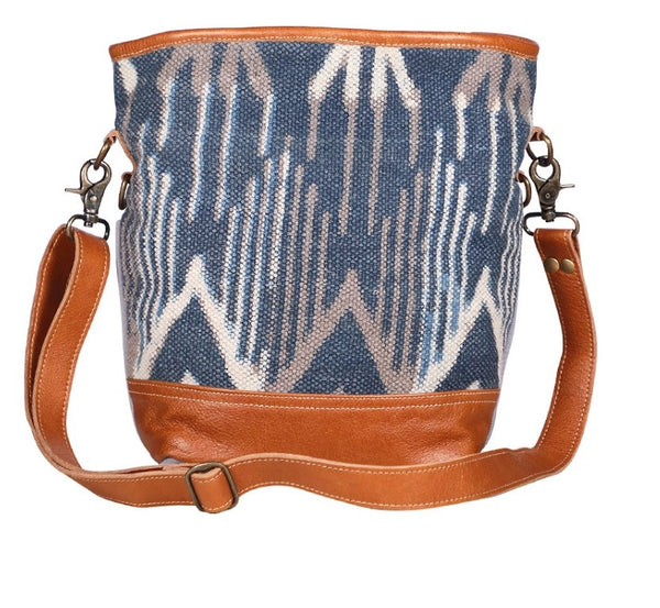 BLUE MIST SHOULDER BAG