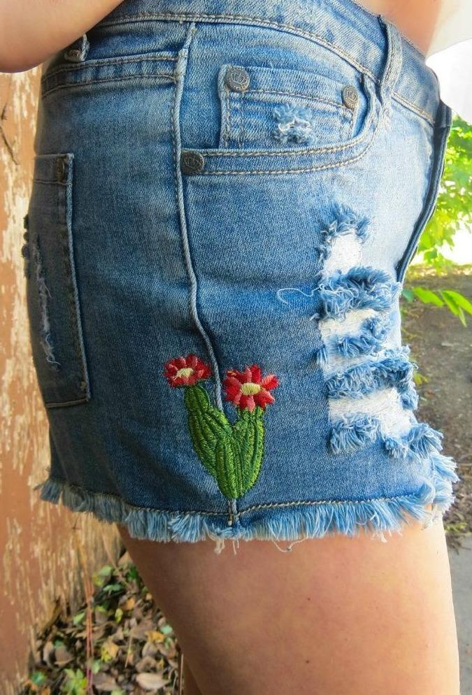 CACTUS ROSE CUTOFFS