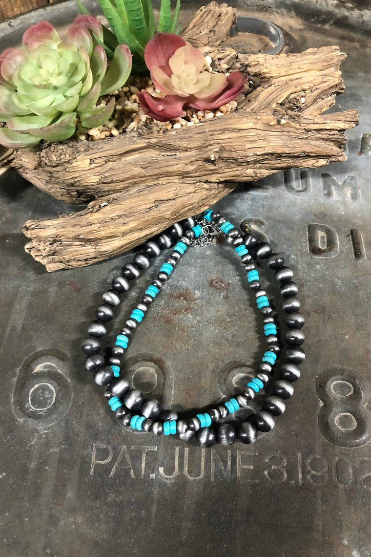 MOHAWK CHOKER NECKLACE