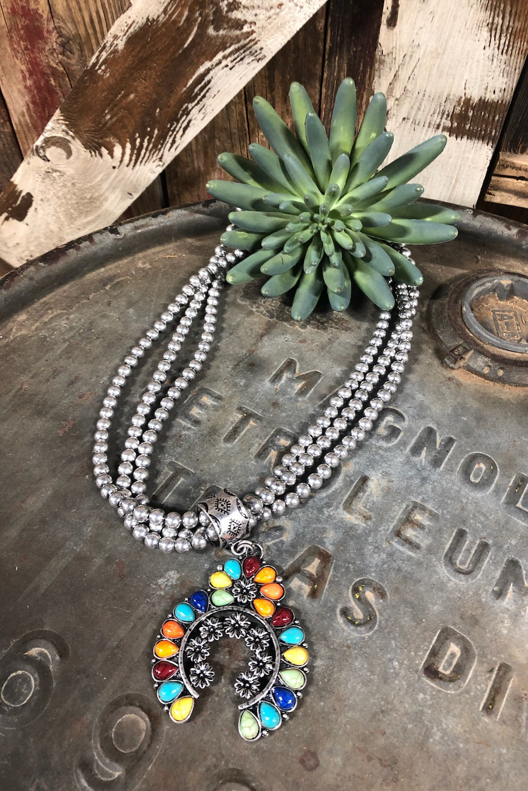 TUCSON NECKLACE