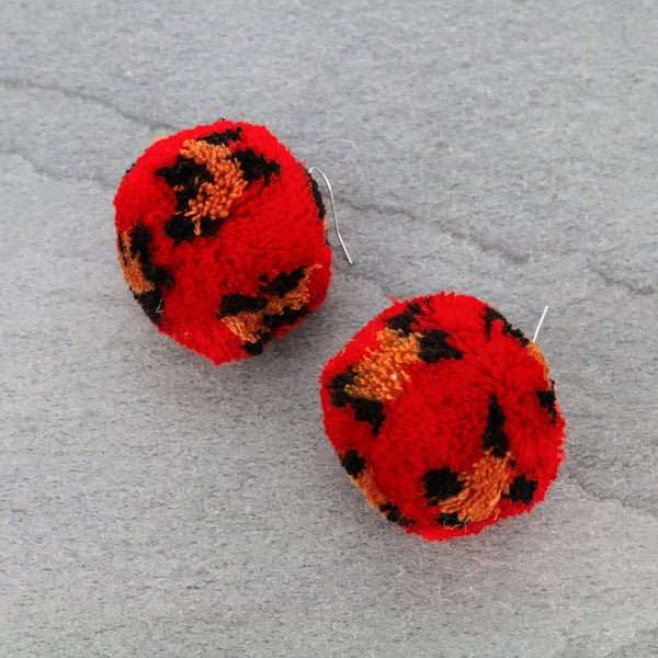 BUFFY POM EARRINGS - RED