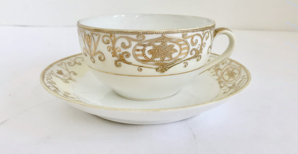 Vintage Noritake Christmas Ball 16034 Footed Cream and Gold Teacup and Saucer - Nature Land Candles