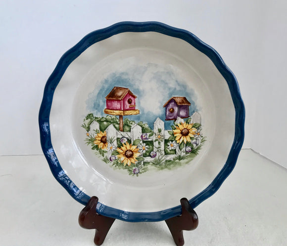 LTD Commodities Country Birdhouse and Sunflowers 9 1/2