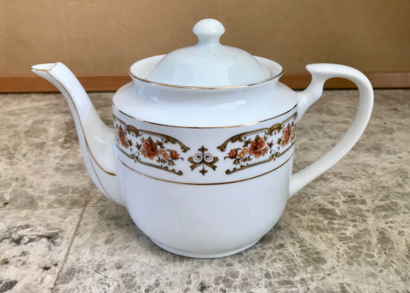 Tientsin Porcelain White 4 Cup Teapot with Roses and Gold Highlights