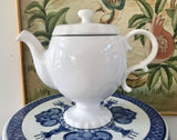 Matceramica White Pedestal 4 Cup Teapot Made in Portugal