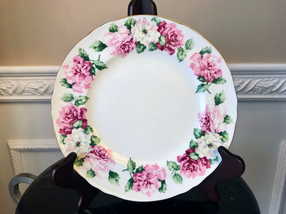 Crown Staffordshire Bone China Irish Rose 8 1/2