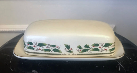 Holly Holiday Home For The Holidays 1/4 Pound Covered Butter Dish - Nature Land Candles