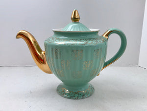 Hall Los Angeles 091 Monterey Green And Gold Medallion 6 Cup Pedestal Teapot - Nature Land Candles