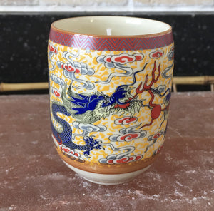 Beeswax Candle in Chinese Dragon Teacup - Nature Land Candles