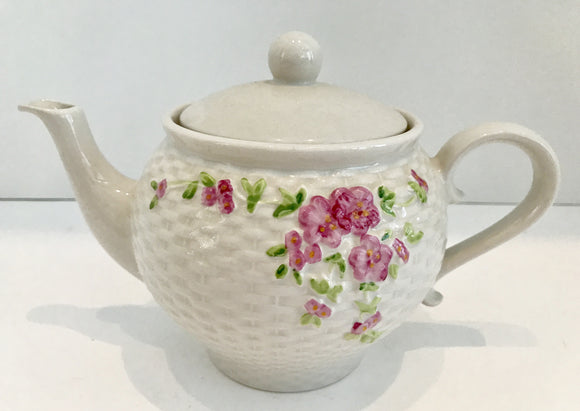 Vintage 1985 Teleflora Gift Teapot Basket Weave Texture and Pink Flowers Made in Korea - Nature Land Candles