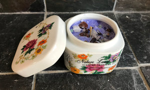 White Tea and Ginger Scented Palm Wax Candle in a Porcelain Rose Box with Lid - Nature Land Candles