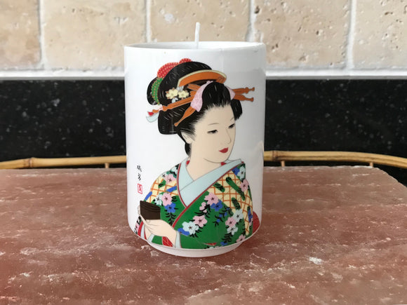 Lavender Scented Soy Candle in Japanese Geisha Cup - Nature Land Candles