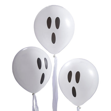WHITE GHOST BALLOONS WHITE STREAMERS