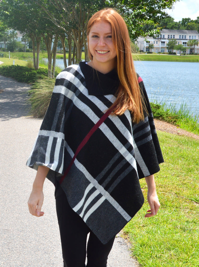 Gray Plaid Poncho with Button Collar (SW227)