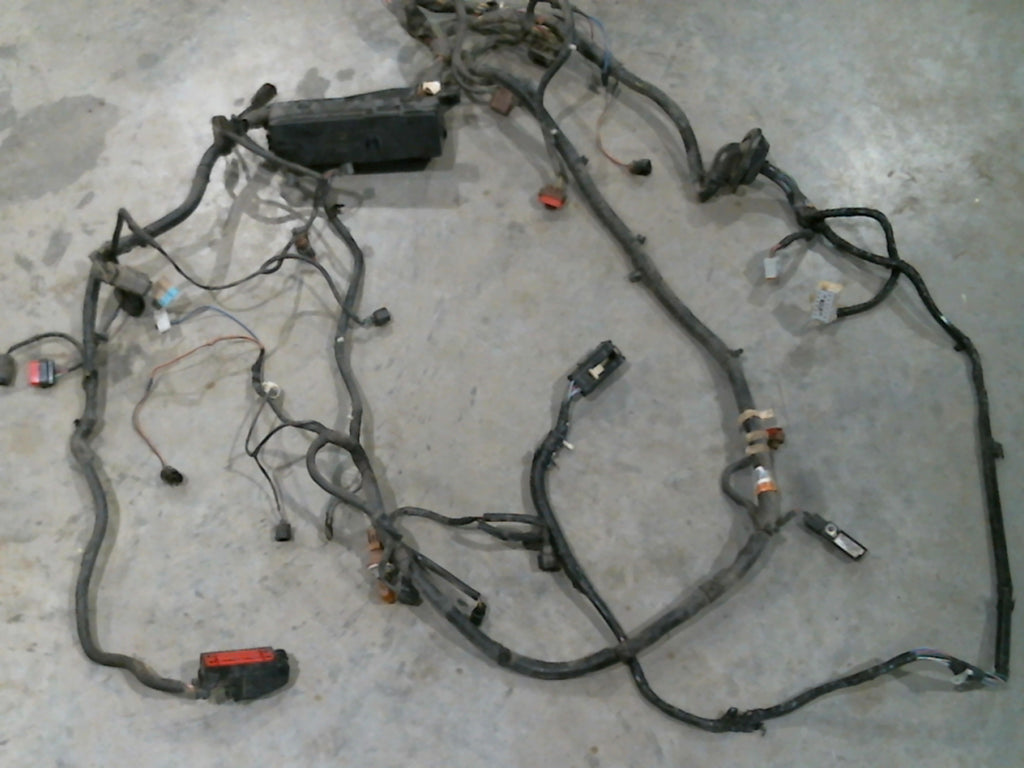 2005 Ford Escape Engine Wiring Harness 38 Diagram Images Compartment Vin 1fmyu94145kd75377 1024x1024v1498856589 With Fuse