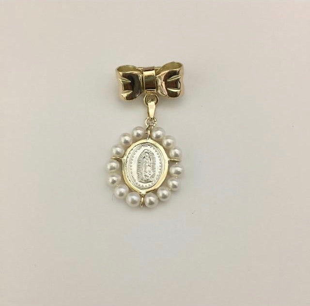 14 K Gold Bow with Oval Pearl Medal