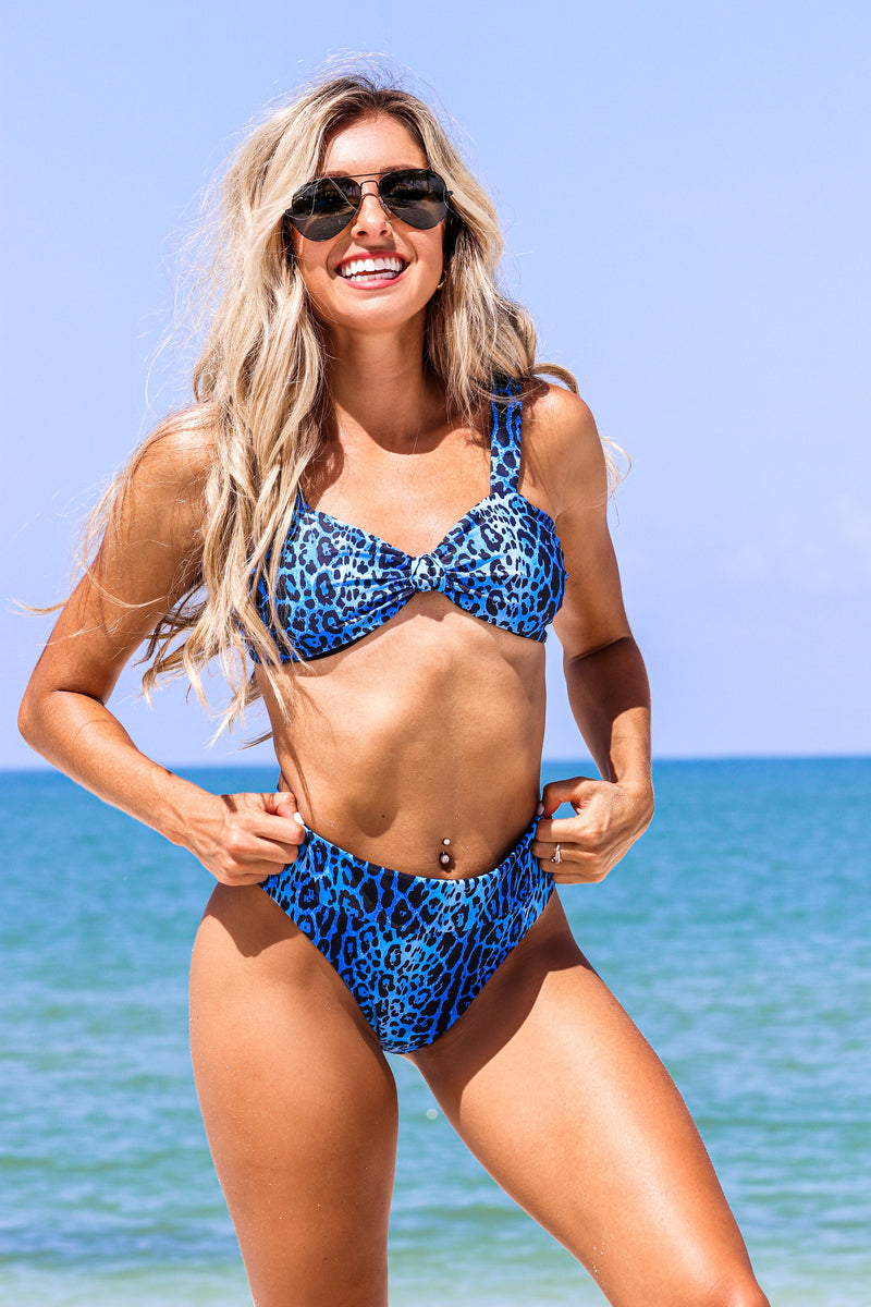 Run The World Bikini Set