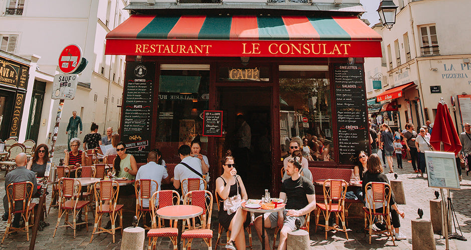 Your Guide To Paris Sidewalk Café Etiquette