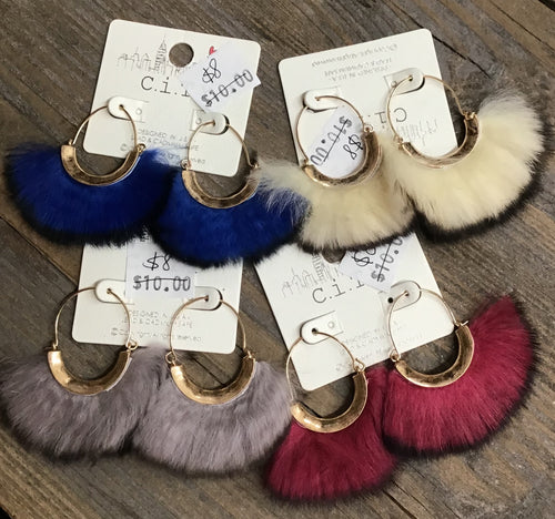 Fluffy Fan Earrings