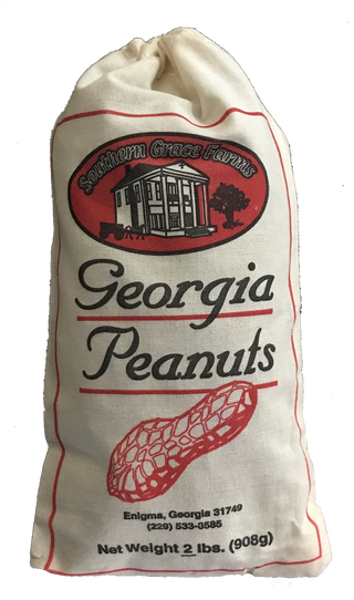 Raw shelled georgia peanuts to buy, great for candy, peanut brittle, and roasting.