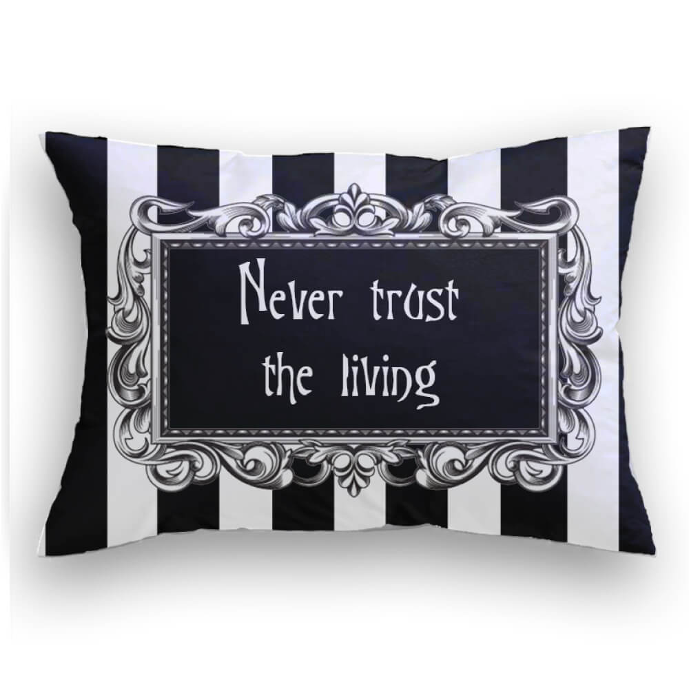 Never Trust Cojin decorativo