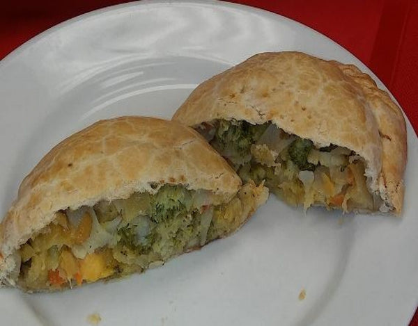 Broccoli & 3 Cheese Pastie - Uncle Peter's Pasties