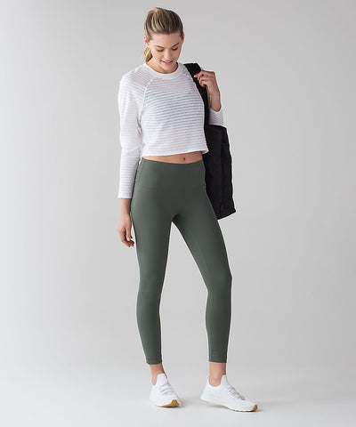 athleisure lululemon workout clothes womenswear