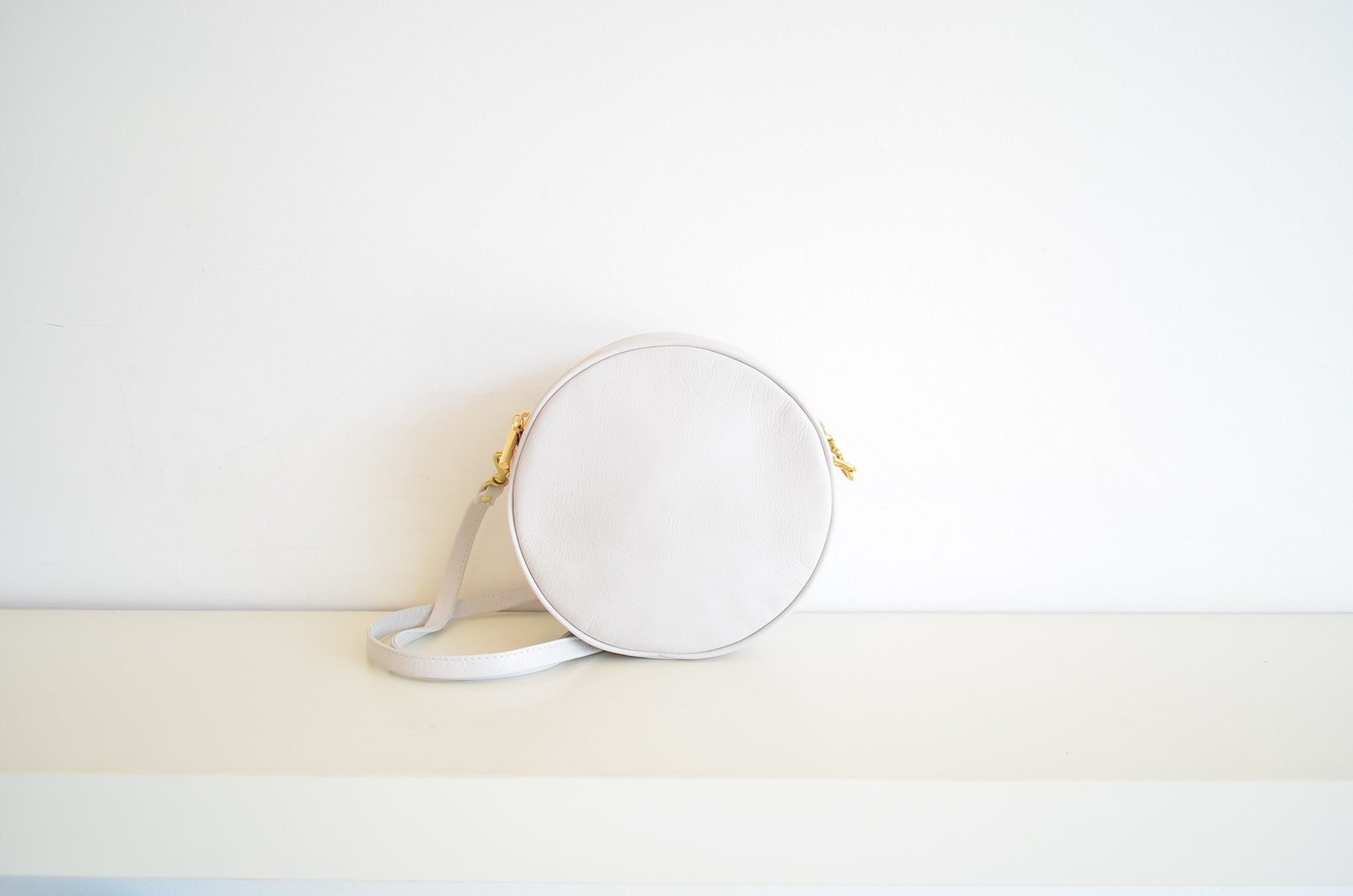 CAB Collection Lisa Mini Circle Bag Pearl