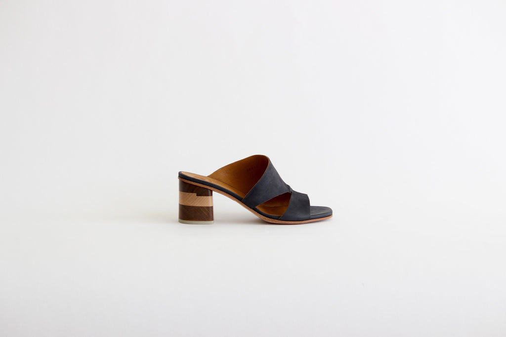 coclico barrel coal navy leather cut out sandal wood heel