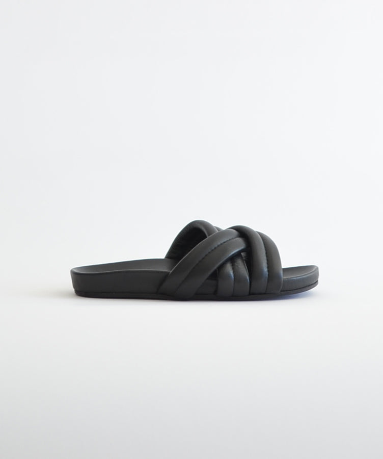 Slow and Steady Wins the Race Triple Strap Slide Black