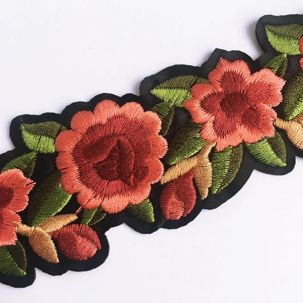Embroidered Flower Choker