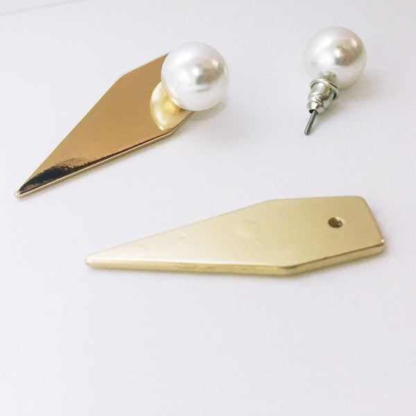 Gold Geometric Earrings with Pearl