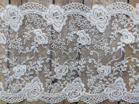 Rose embroidered lace/trim (two lengths)