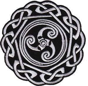 Celtic Art Round Celtic Knot - Iron On Patch