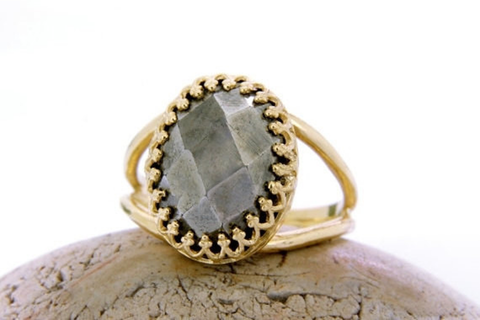 14k gold Pyrite ring
