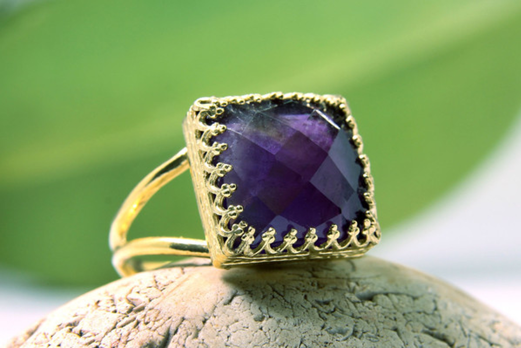 Square Amethyst ring