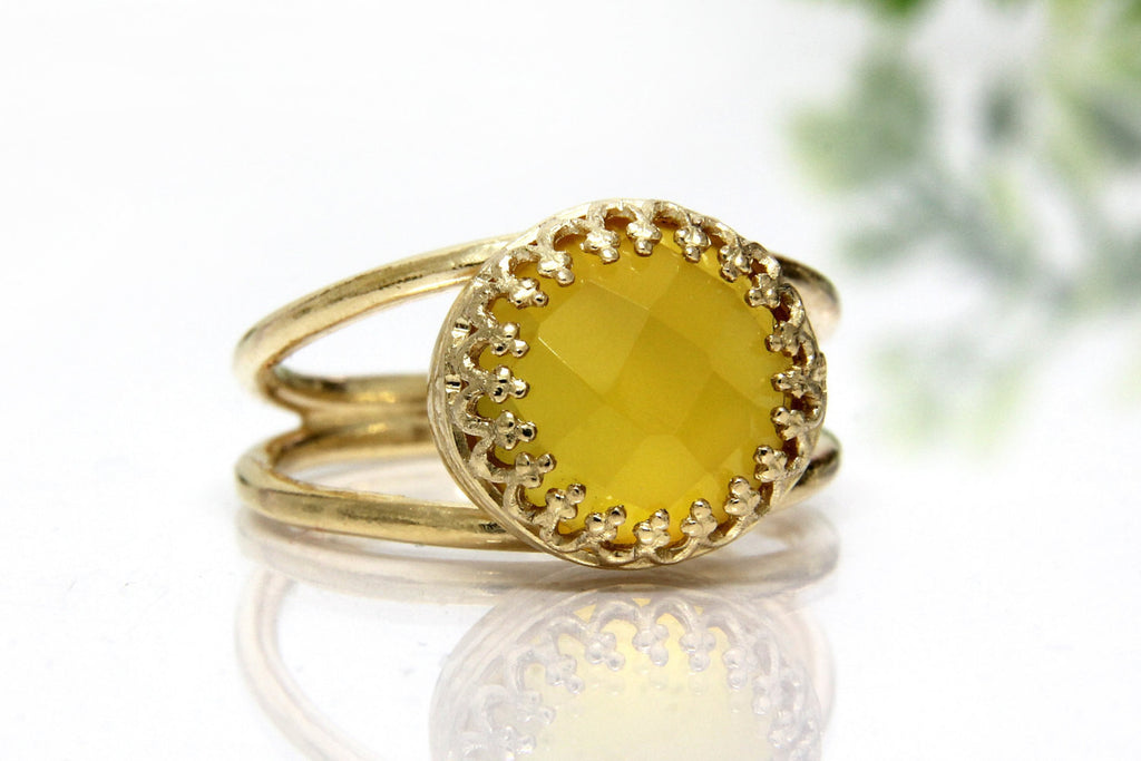 Yellow chalcedony stone ring