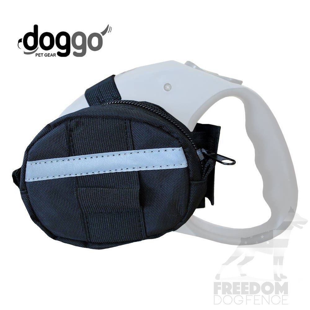 Doggo Water Resistant Retractable Leash Accessory Bag Black