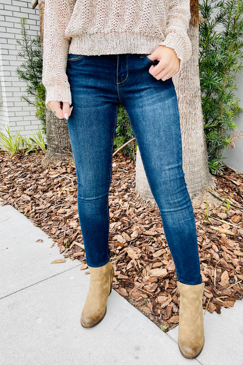 Articles of Society: Sarah Skinny Jeans - Bellevue