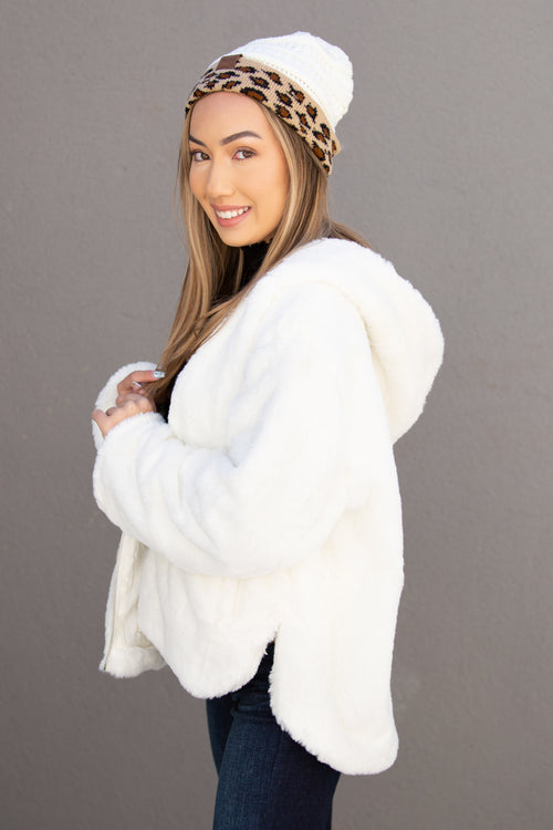 Daydreams of Love Faux Fur Hooded Jacket - Cream