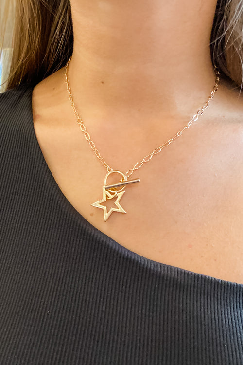 Metal Star Toggle Necklace - Gold